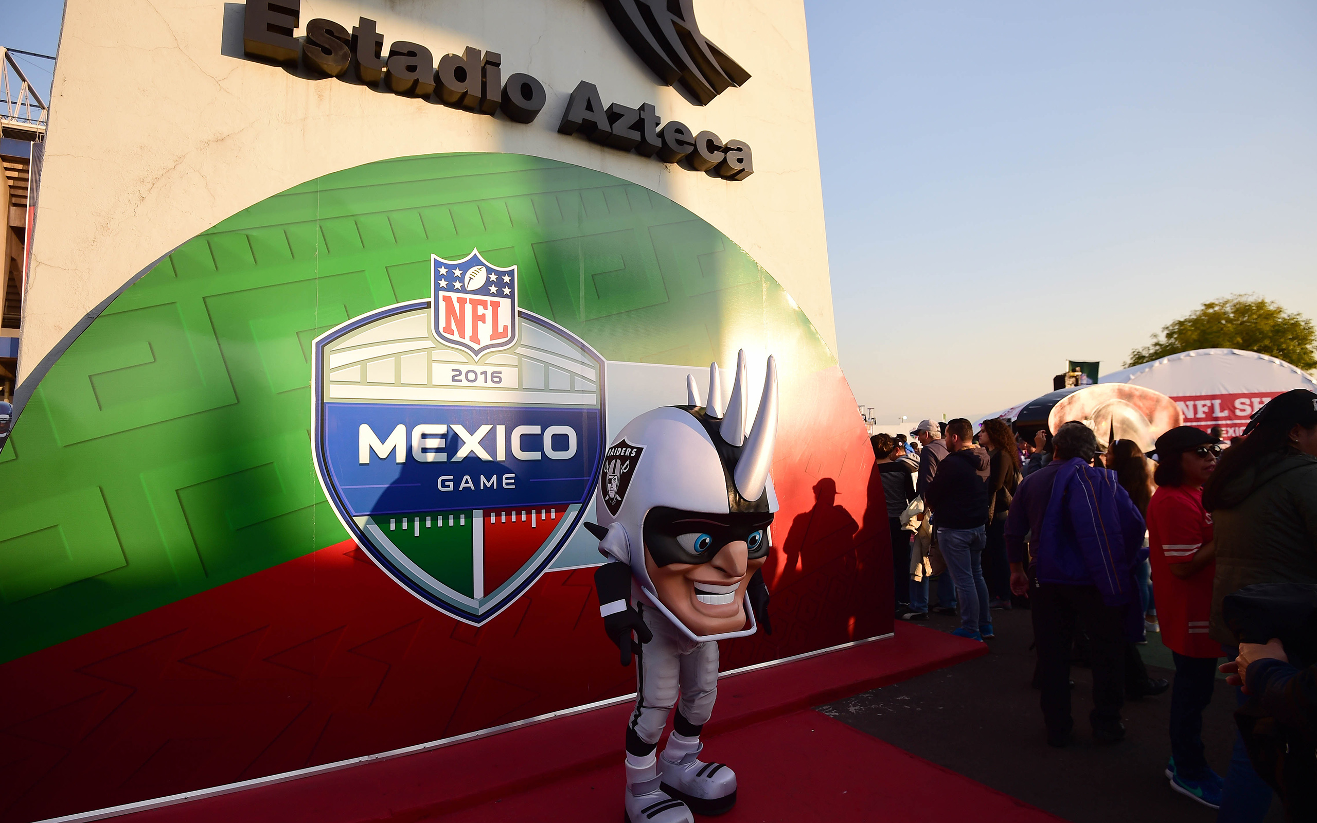 AMFOOT-NFL-MEXICO-FANS